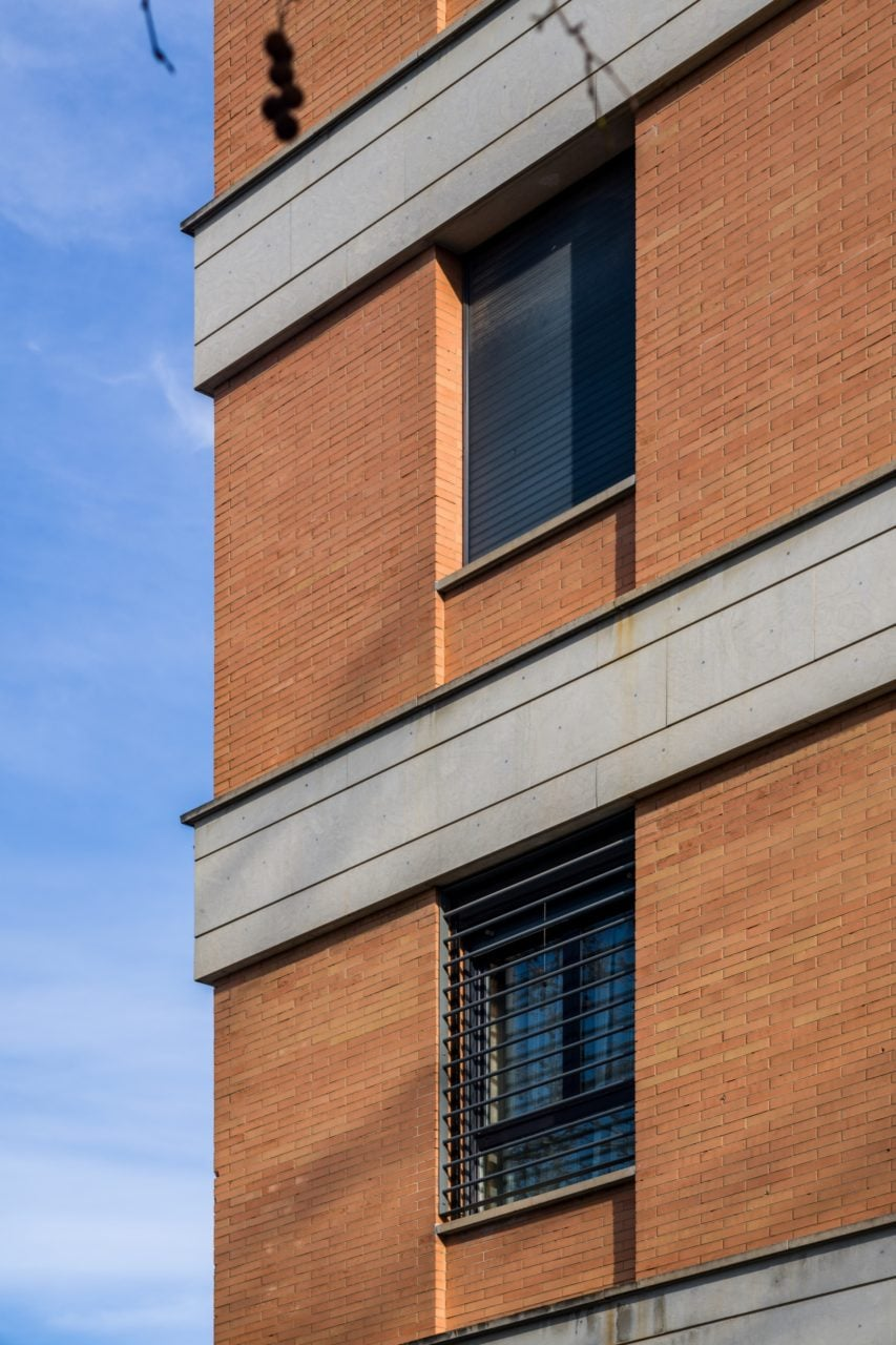 Detalle de fachada en una de las esquinas