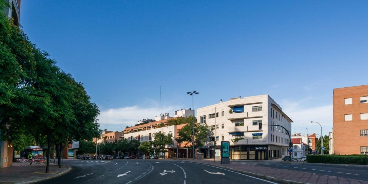 Vista del edificio integrado en enl entorno