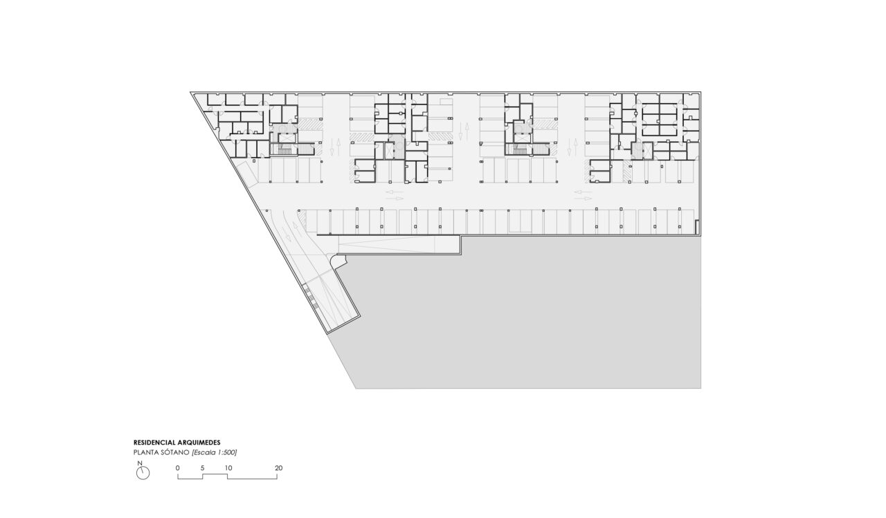 Planta sótano del Residencial Arquimedes en Entrenúcleos, por DPYA Arquitectura