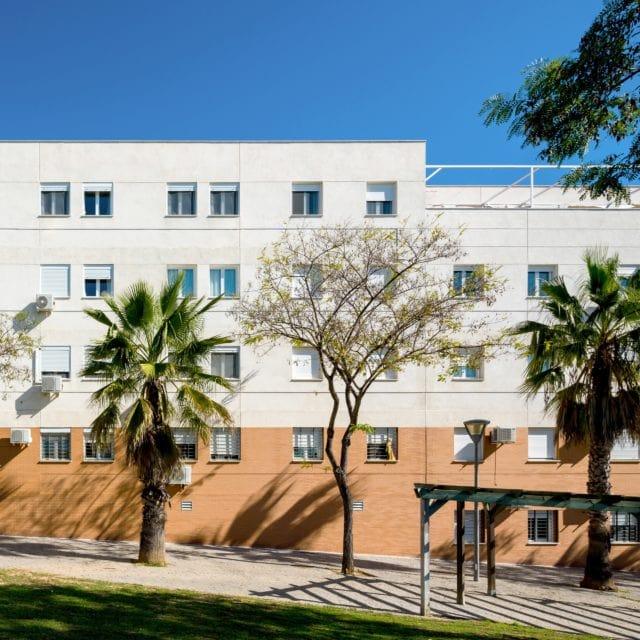 Fachada edificio residencial buenavista