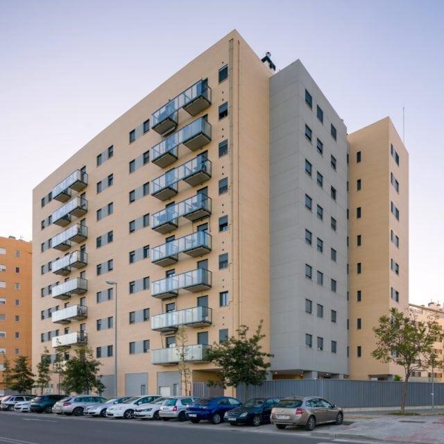 Vista general del edificio residencial Santa Bárbara