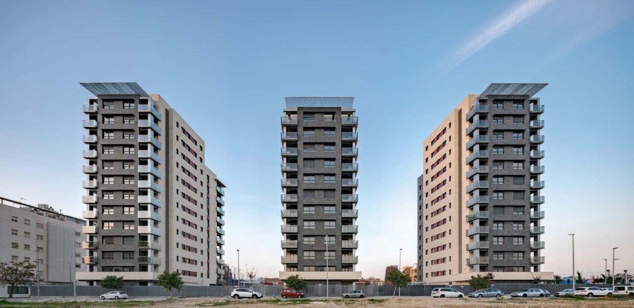 tres torres del Complejo Residencial Pineda Parque, en Sevilla